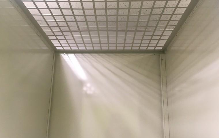 シートランクルーム 室内 天井